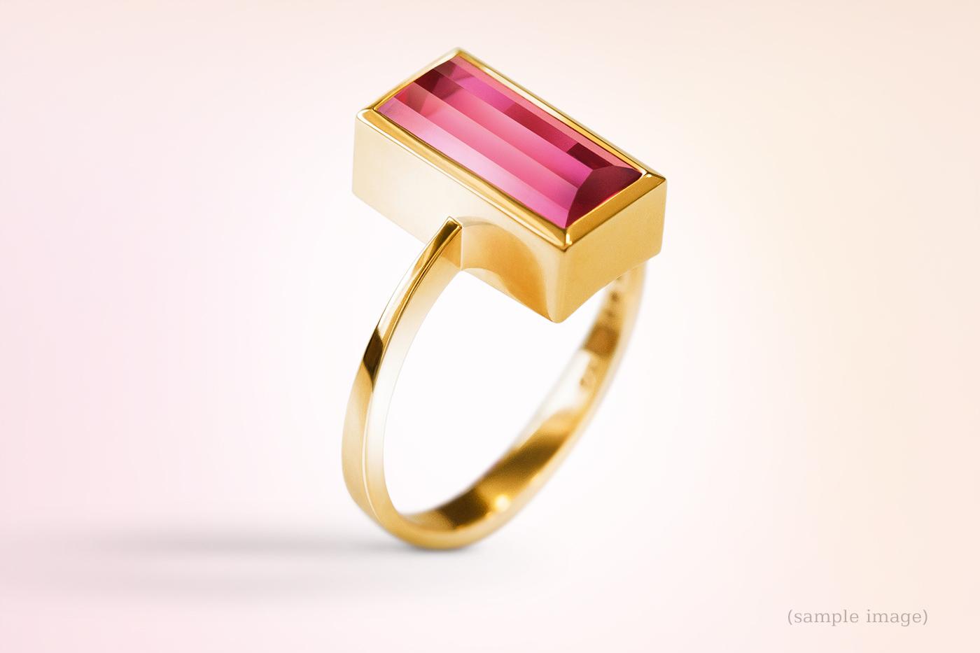 500-Ring gelbgold Edelsteinfarbe Rot