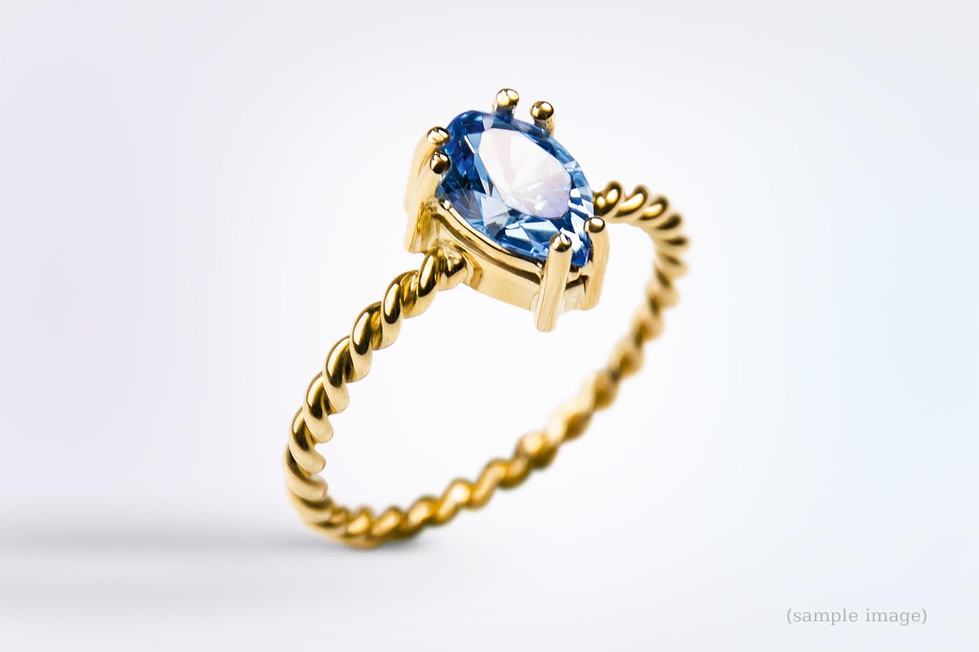 800-Ring gelbgold Edelsteinfarbe blau
